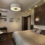 Как вешать светильники над кроватью