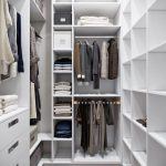 Чем закрыть полки в гардеробной